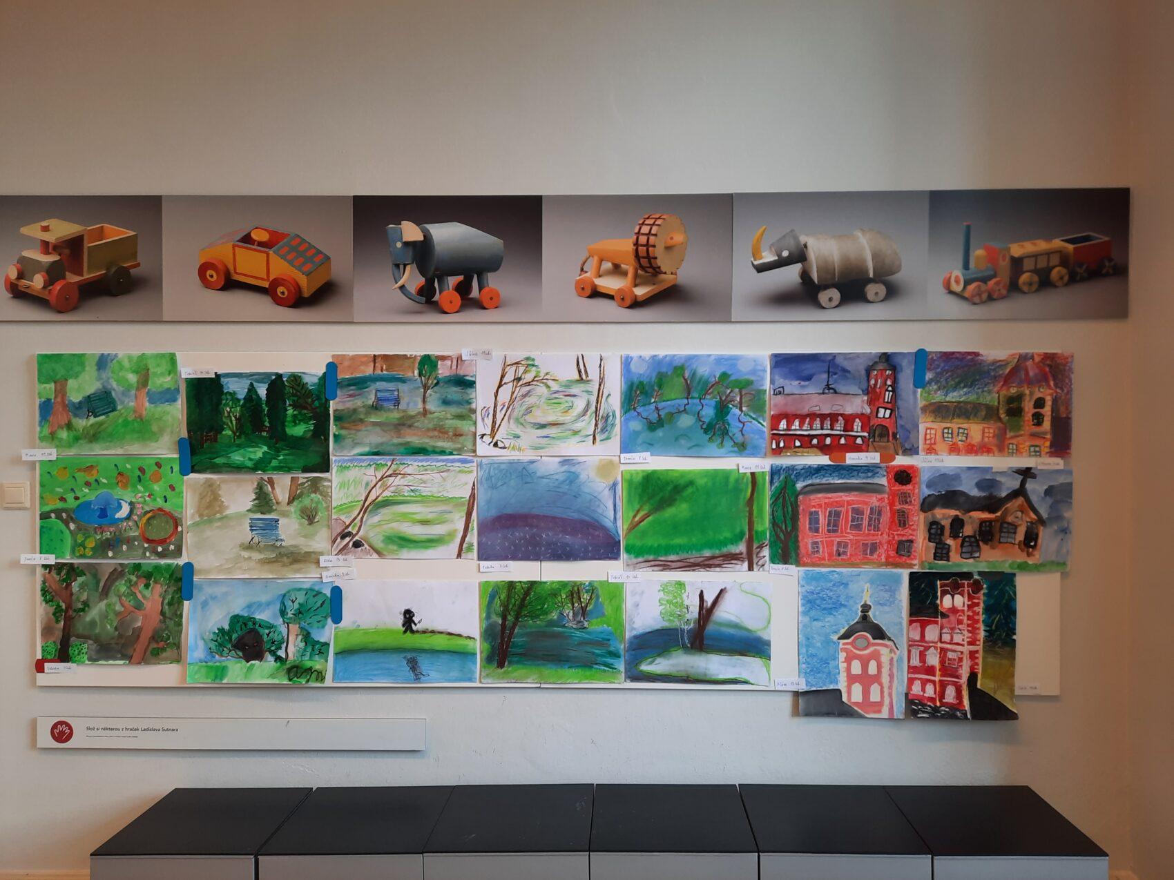 Obrázky na výstavě