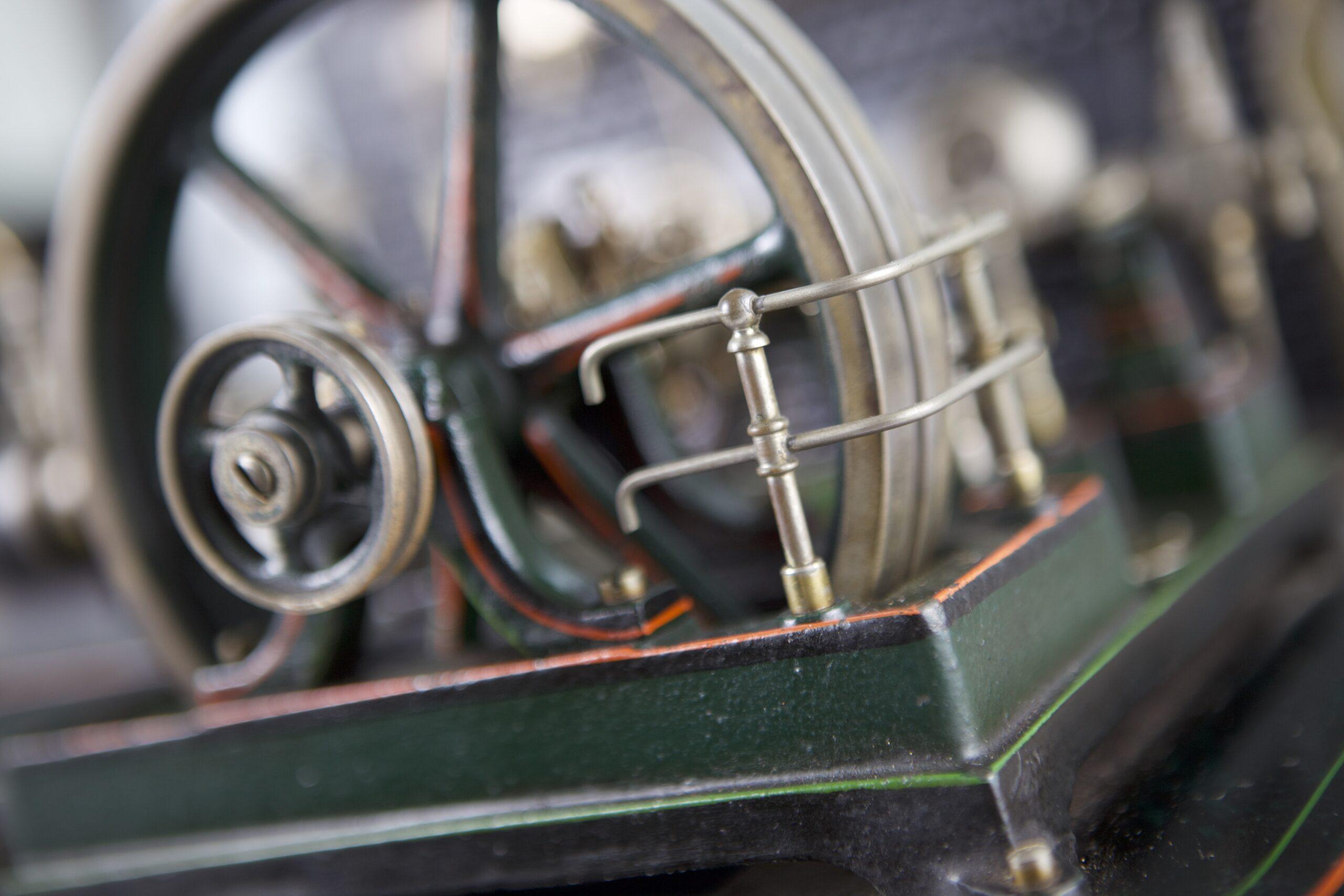 Část parního strojku - detail